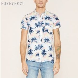 Forever 21 Men Palm tree 🏝 print fitted shirt 👕